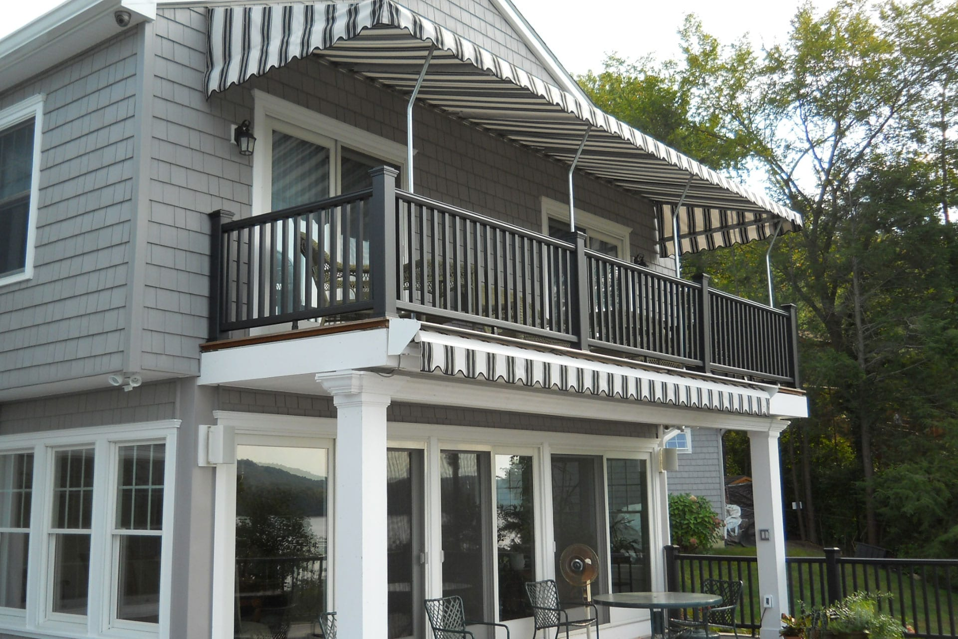Dos and Don'ts of Awning Care