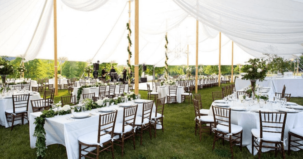 Find the Perfect Tent for Your Next Fall Event